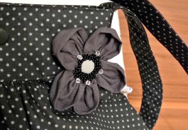 • nähen • Tasche mit Ansteckblüte