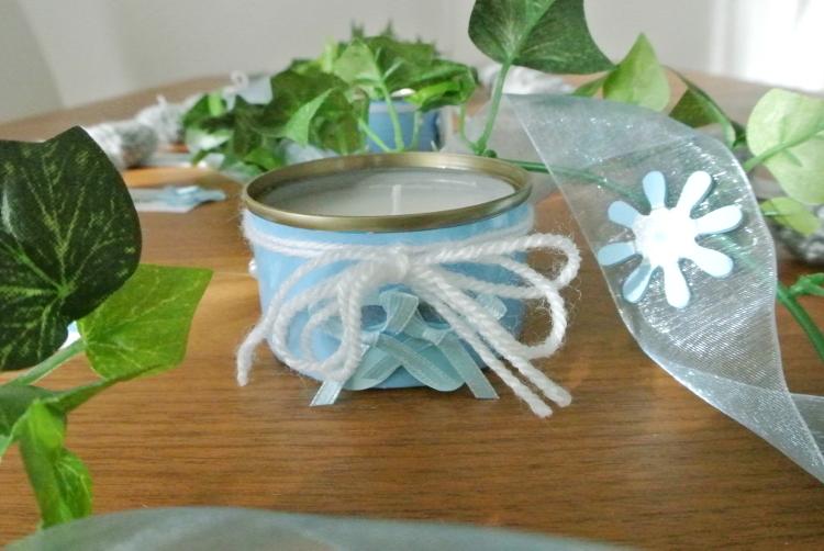 • diy • Tischdeko zur Taufe mit Kerzen in Konservendosen