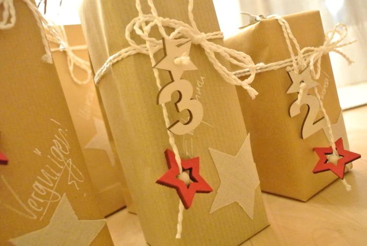 • diy • Adventskalender-Liebe • verpacken, verschenken • Holzsterne und Zahlen