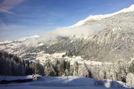 • on tour • Winter kann so schön sein • Wochenende • nach Hause von Davos