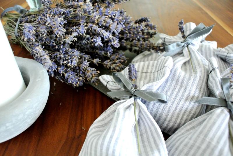 • nähen • Lavendelsäckchen Weihnachtsgeschenk schnell genäht • zu binden