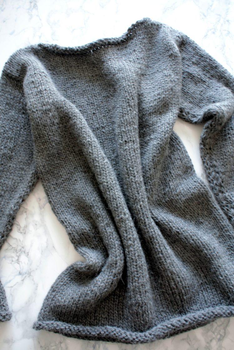 • Wolle & Garn • einfacher Langarmpullover aus Alpakawolle stricken • mit geradem Ausschnitt