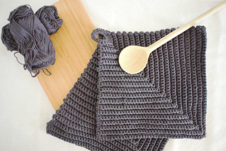 • Wolle & Garn • Topflappen häkeln schnell gemacht • in grau