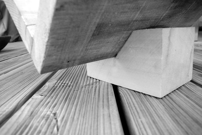 • diy • Zeitschriftensammler aus Holz • mit grossem Sockel