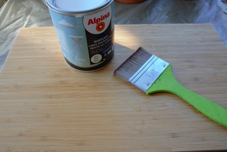 •diy • Einkaufszettel • Halter aus Holz selber machen • mit Buntlack anmalen