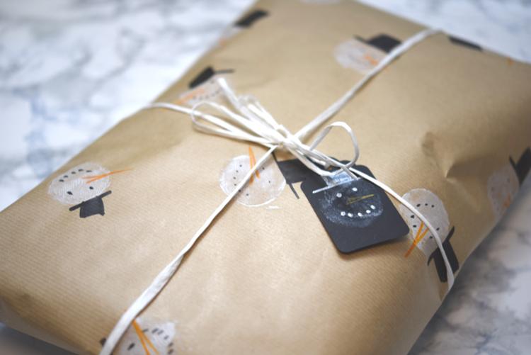 Geschenkpapier Schneemann • schön verpackt
