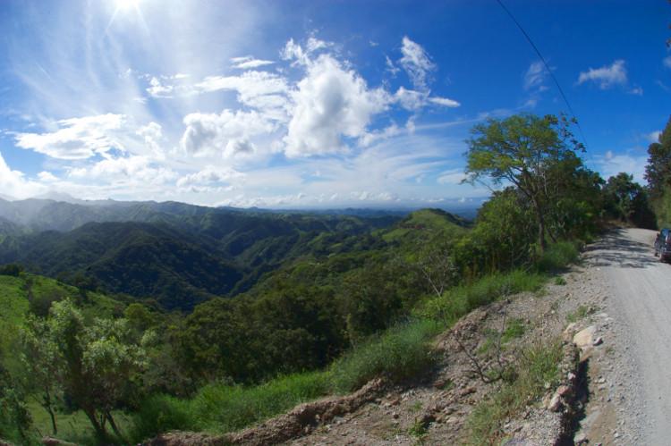 Wunderschöne Landschaft erleben - Unterwegs mit dem Auto in Costa Ricca