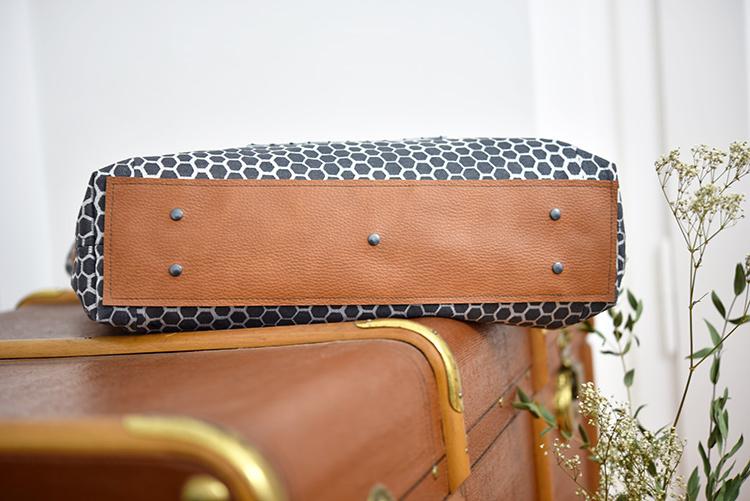 • nähen • Carry Bag • TS 4 sew along • mit Bodennägel in grau
