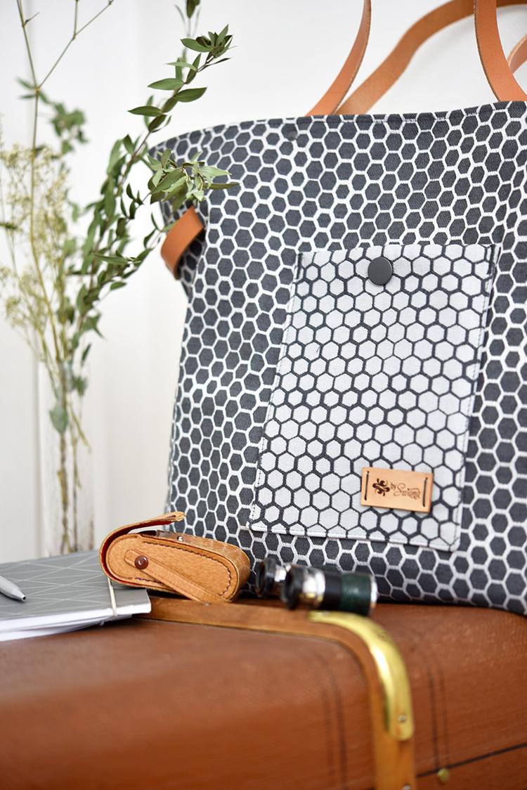 • nähen • Carry Bag • TS 4 sew along • Aufgesetzte Tasche im Kontrast